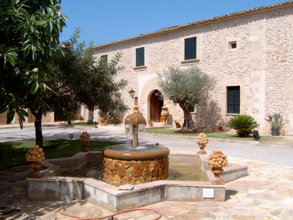 Puig-de-Ros-Eingang